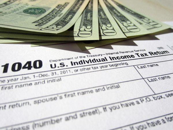 El IRS aún debe 1.000 millones de dólares en 2013 para reembolsar a los contribuyentes