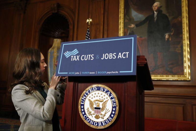 El IRS recaudó 3,3 billones de dólares en ingresos fiscales totales en el año fiscal 2015.