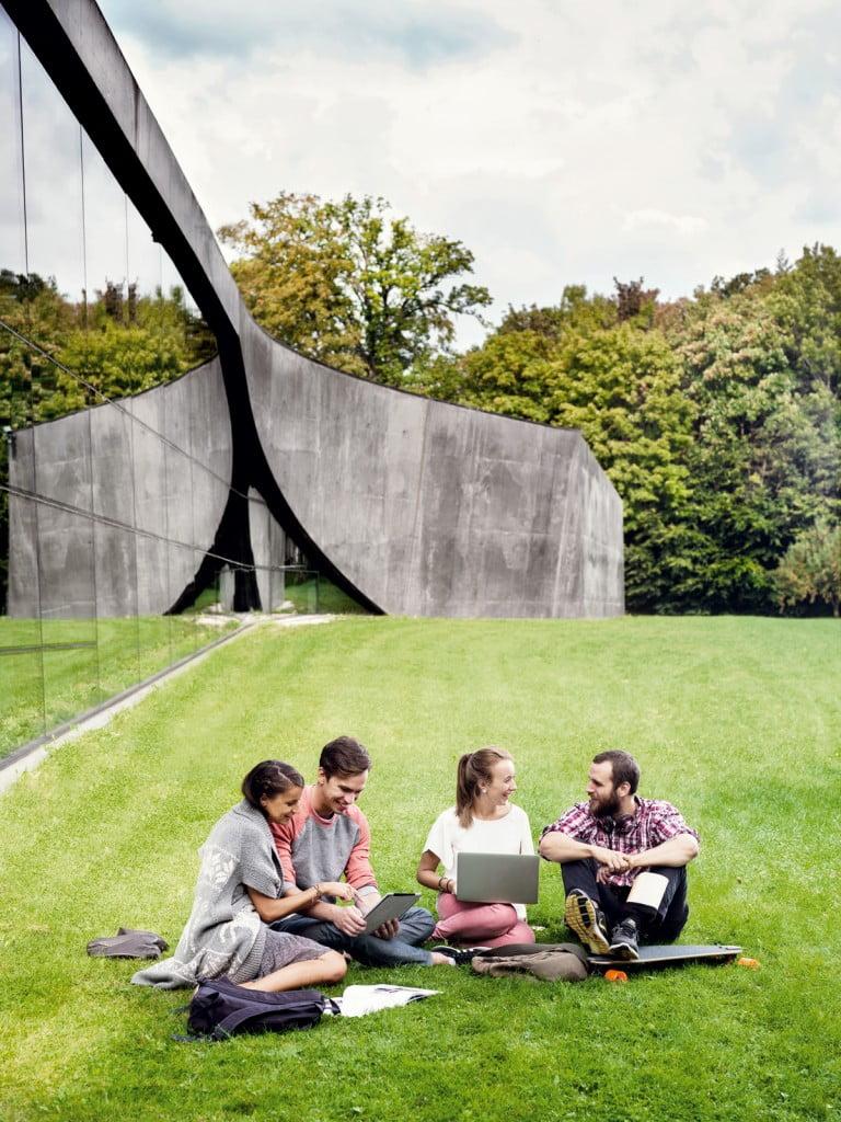 La visión del mundo de una generación desde el campus